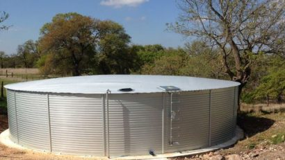 Water tanks cleaning